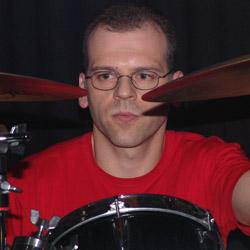<b>Rainer Fauth</b> drums. - rainer